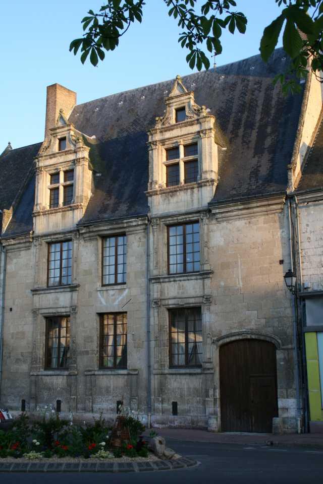 Maison Renaissance, Demeure Historique, Chambre D'hôte Ha